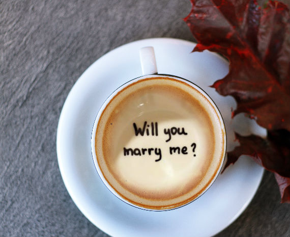 bowman-jewelers-halloween-proposal-coffee-cup